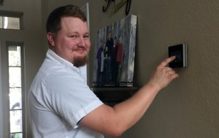Setting a smart thermostat to heat